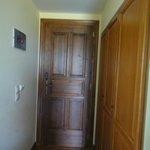 εισοδος δωματιου