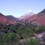 village Berbère en descendant l'Ourika