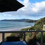 Blick von Terrasse auf den Strand