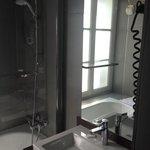 camera doppia standard - vista bagno