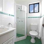 Waterfront Two Bedroom Cabin - Bathroom
