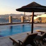 piscina e vista sulla città
