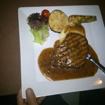 Pepper stake with fresh grilled vegetables