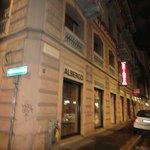Отель эконом класса практически в центре Милана