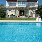 Alura pool