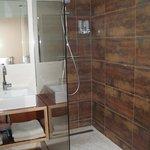 Salle de bains chambre La Tandem