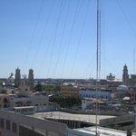 Aussicht aus unserem Zimmer (7. Stock)