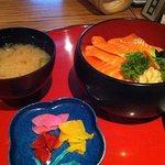 Photo de Sakura Restaurant