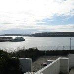 Blick von der Terrasse über den Hafen