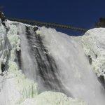 chute Monmorancy frozen