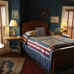 """The Captain"" Queen Bed w/ ensuite Bath"