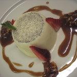 Vanilla Pannacotta with Salted Caramel