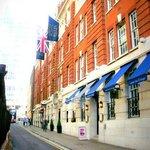 イギリスらしいホテルです。