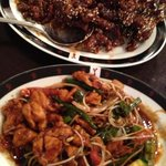 Yum! Chinese and Thai Restaurant
