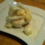 Buffalo ricotta tortino with apple and endive salad, pine nuts and smoked mozzarella