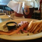 Smoked Salmon, fries and the best beer!