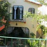 Casa Tuscany courtyard