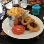 chips and onion rings were bearable! steak? no no no!