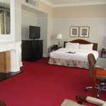 King Deluxe suite- Rm 947