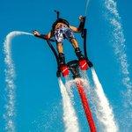 تزلج على الماء وركوب الزلاجة المائية
