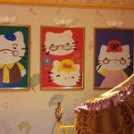 Hello Kitty's Family Portraits