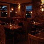 Zinc Cafe, Bar & Grill