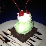 Home-made mint & chocolate chip ice cream and brownie, yum!