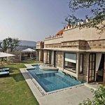 Luxury Pool & Spa Villa
