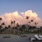 Panoramica del Four Seasons dalla spiaggia