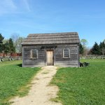 Servant house near Fort Vancouver