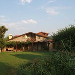 3 bedroom villa with large grassed lawn