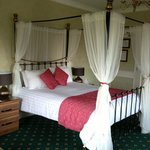 Four poster...