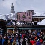 Apres ski dancing