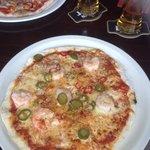 The thin crust pizza di mare.....