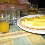Palate cleansing Mandarin orange juice prior to torte dessert
