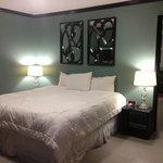 Bedroom room 103