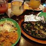 Yummy veggie fajitas and margaritas! Thanks to our server Gabriel and to Cilantro's!