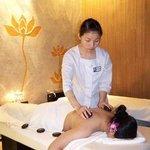 Regency Taipan Massage Foto