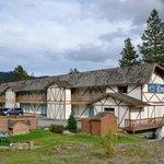 The Alpine Rivers Inn