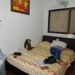 habitación privada con ventilador