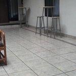 Mesitas y sillas para hacer algo