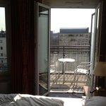 Zimmer Business class - Blick zum Balkon