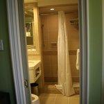 Room Bathroom - Very functional