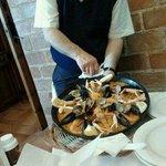 Paella marinera en el restaurante Chiki