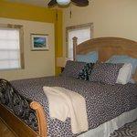 Master bedroom of Breeze Suite