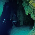 Proximity to the Blue Hole means undisturbed diving!