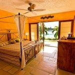 Villa master bed
