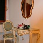 Furniture Venitian style