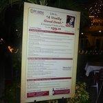 Cartel de promoción del menú