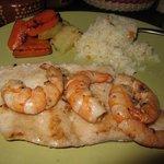 Garlic Mahi Mahi w/Shrimp